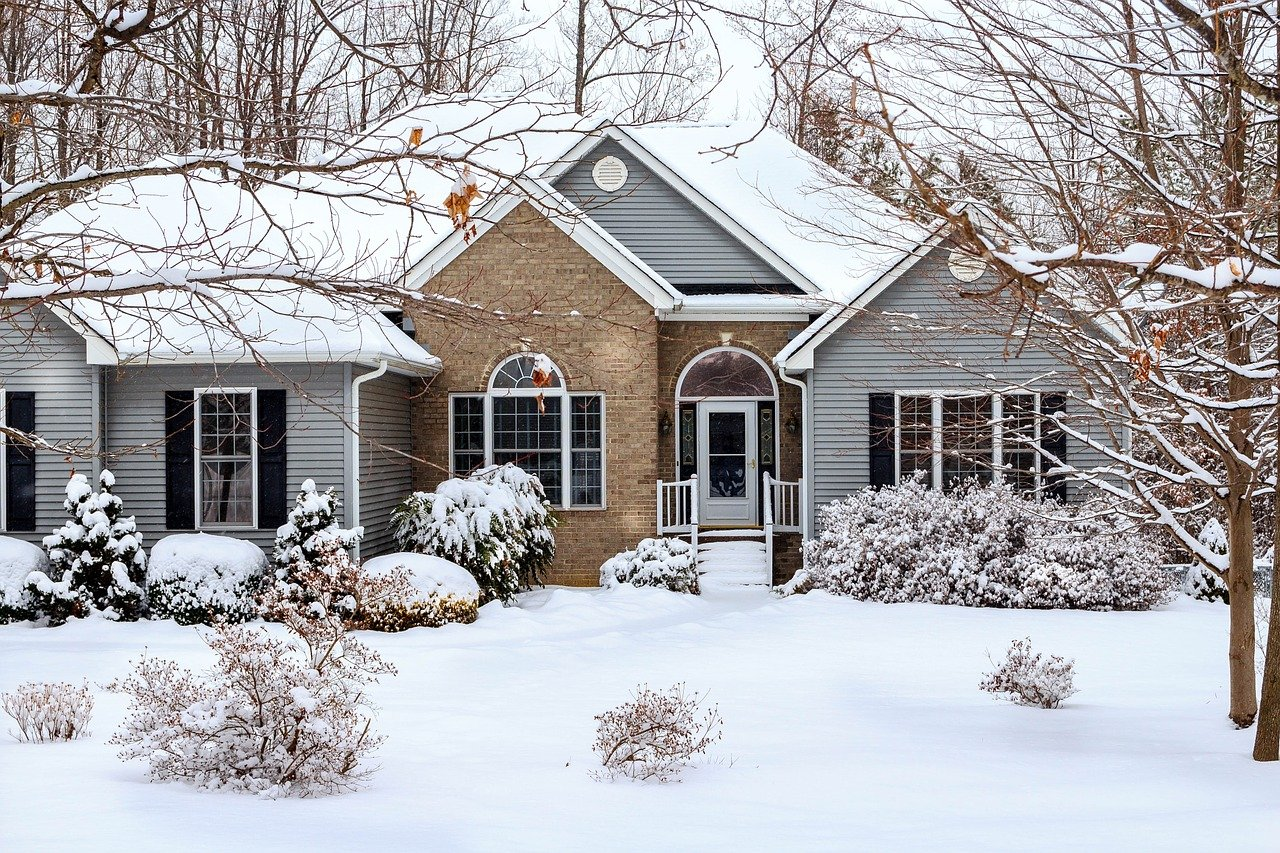 Winter weather hinders mortgage activity